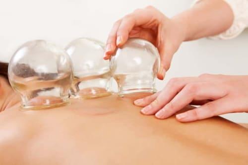 Баночный массаж: польза для клиента и массажиста